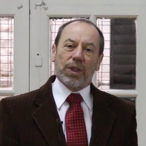 Dr. Edgardo Jares