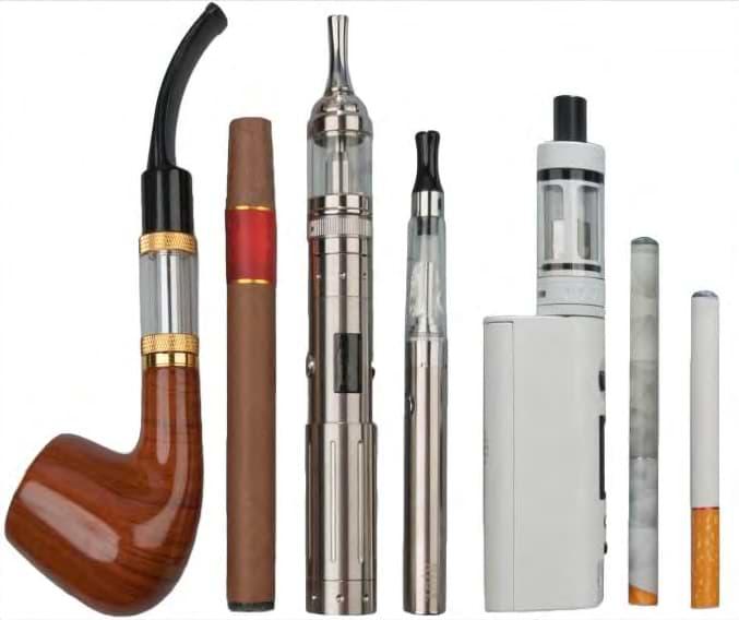 Diferentes modelos de cigarrillos electrónicos